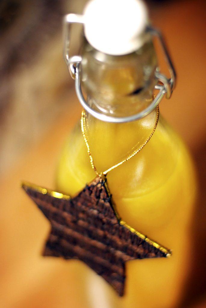 apelsinsaft med nejlikor