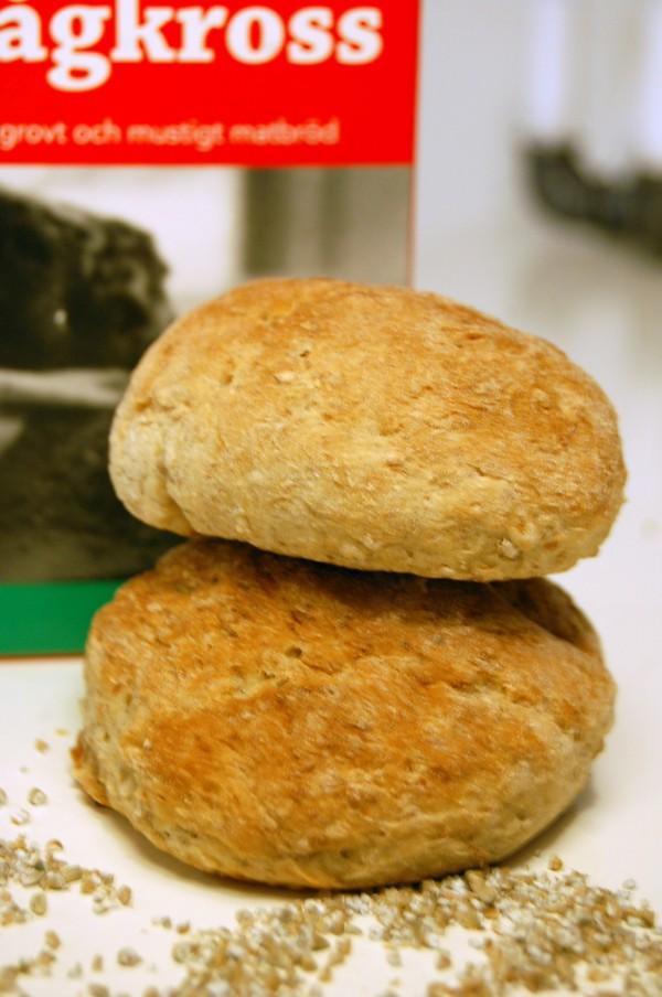 Grova bröd med rågkross