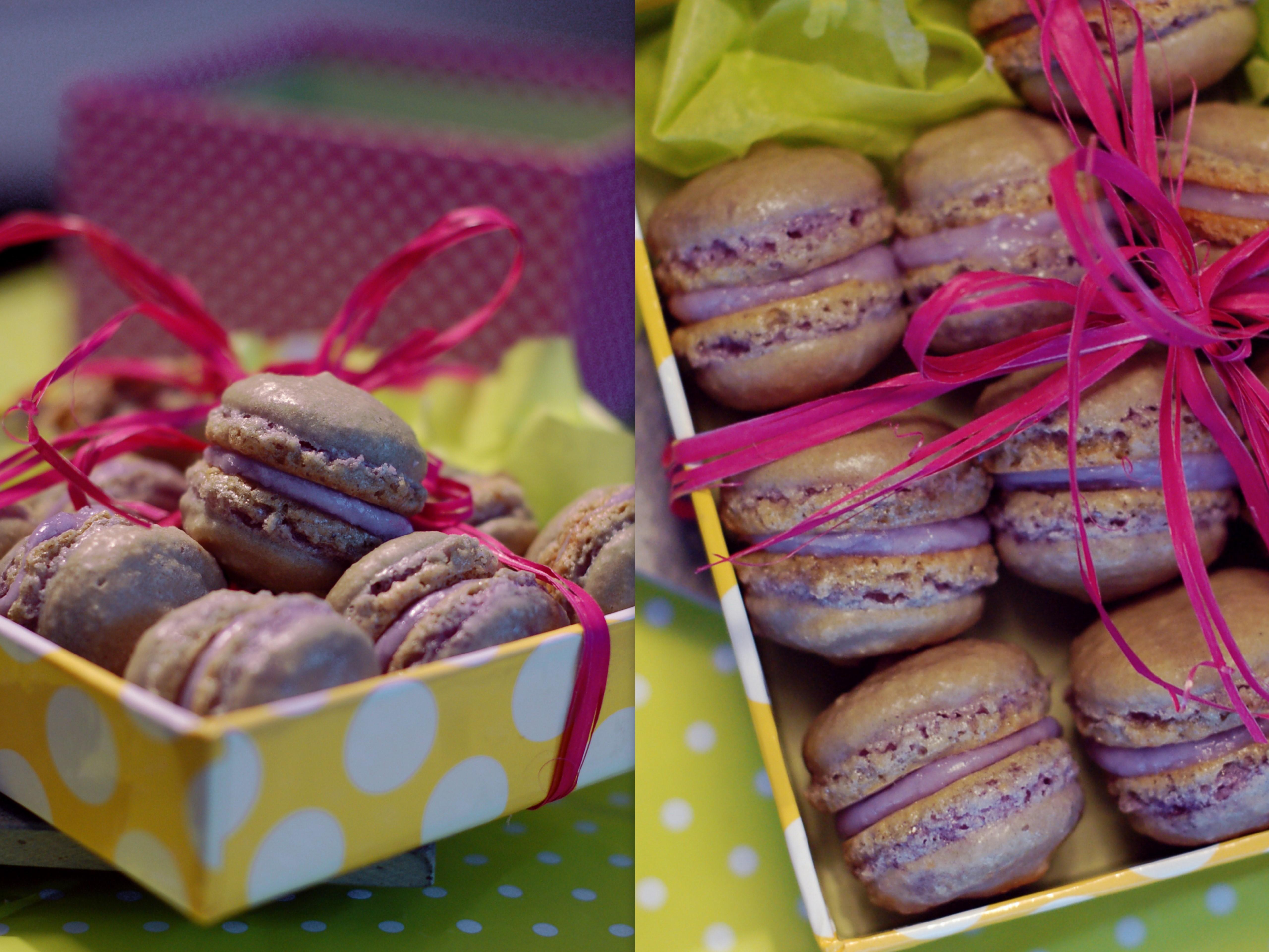 macarones med smak av viol