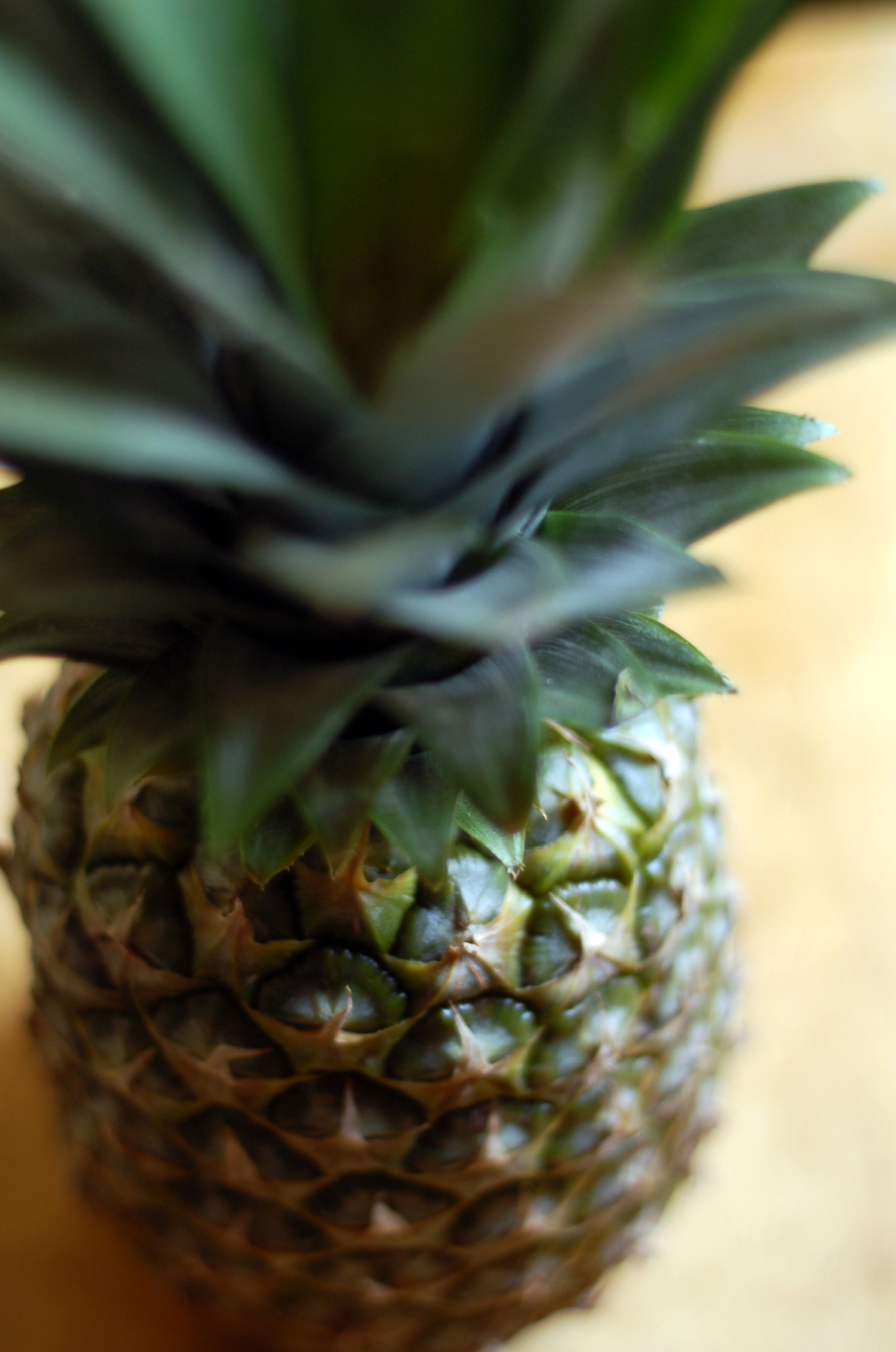 Att skära ananas