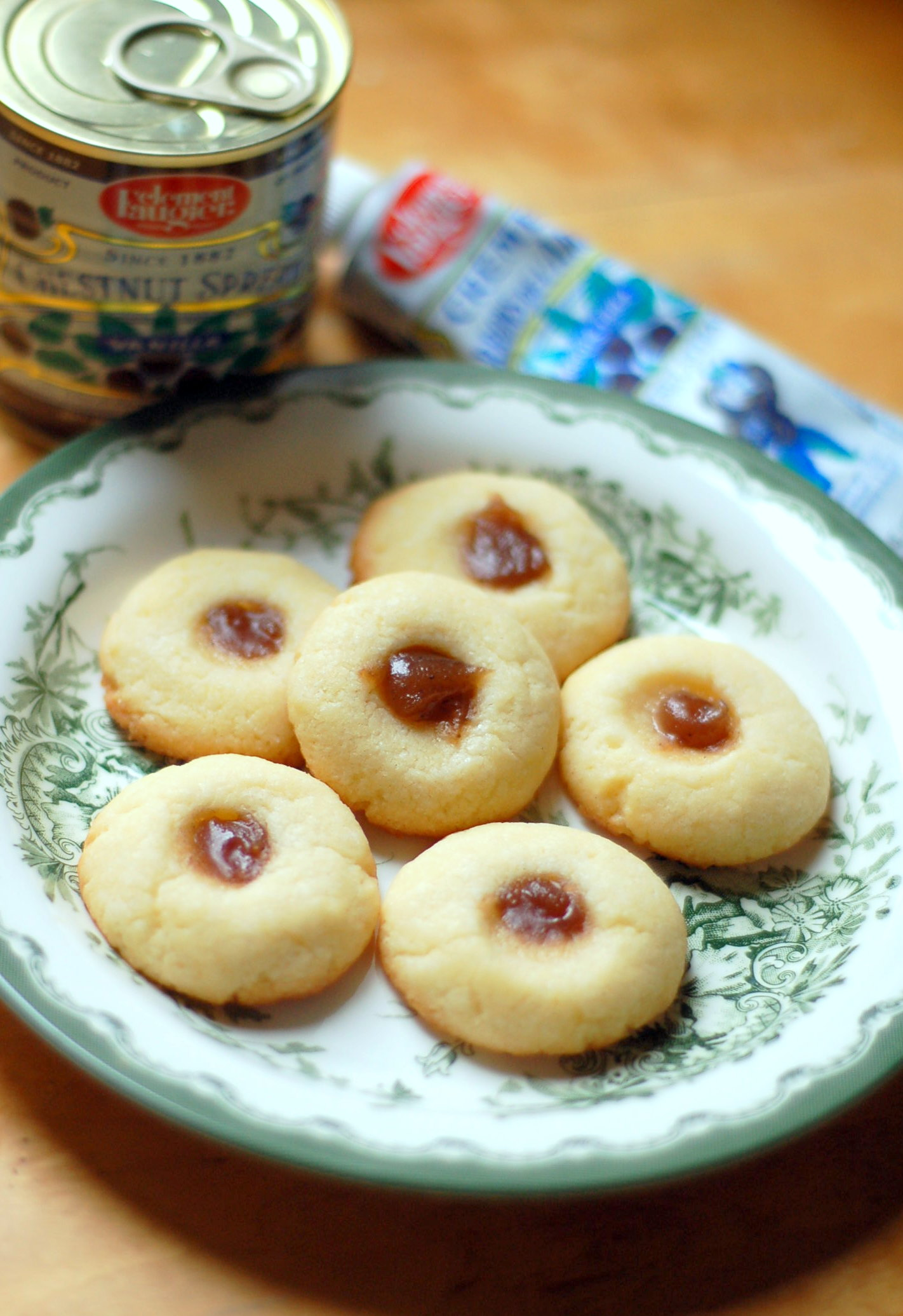 chestnut spread cookies