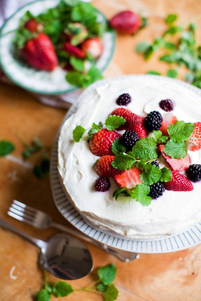 Snabb midsommartårta