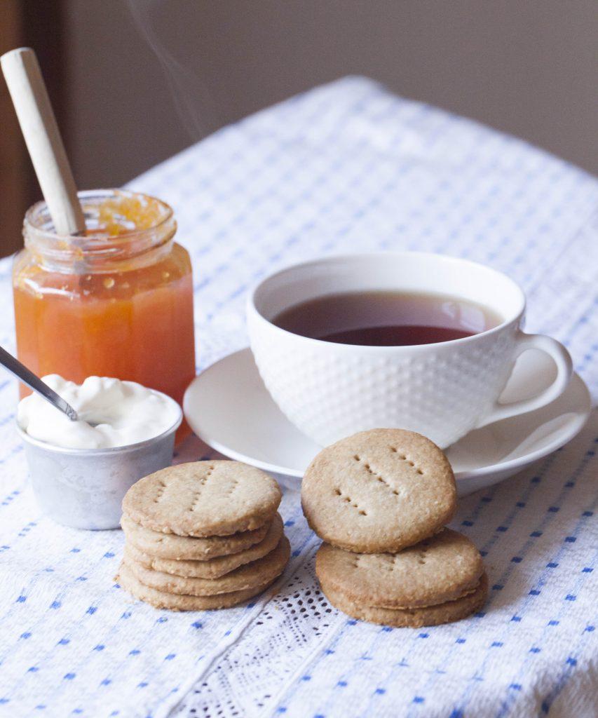 recept på clotted cream till afternoon tea