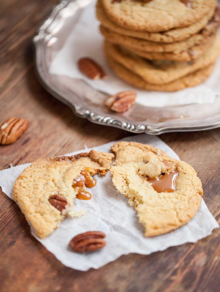 Cookies med pecannötkola.